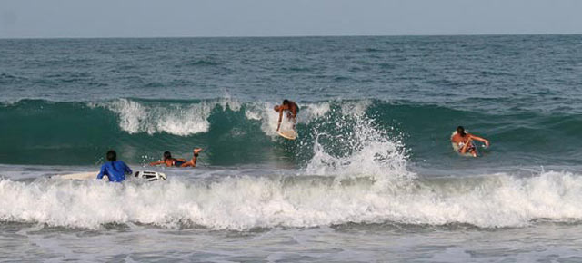 holy surfing swamis - surf spots on indian coasts